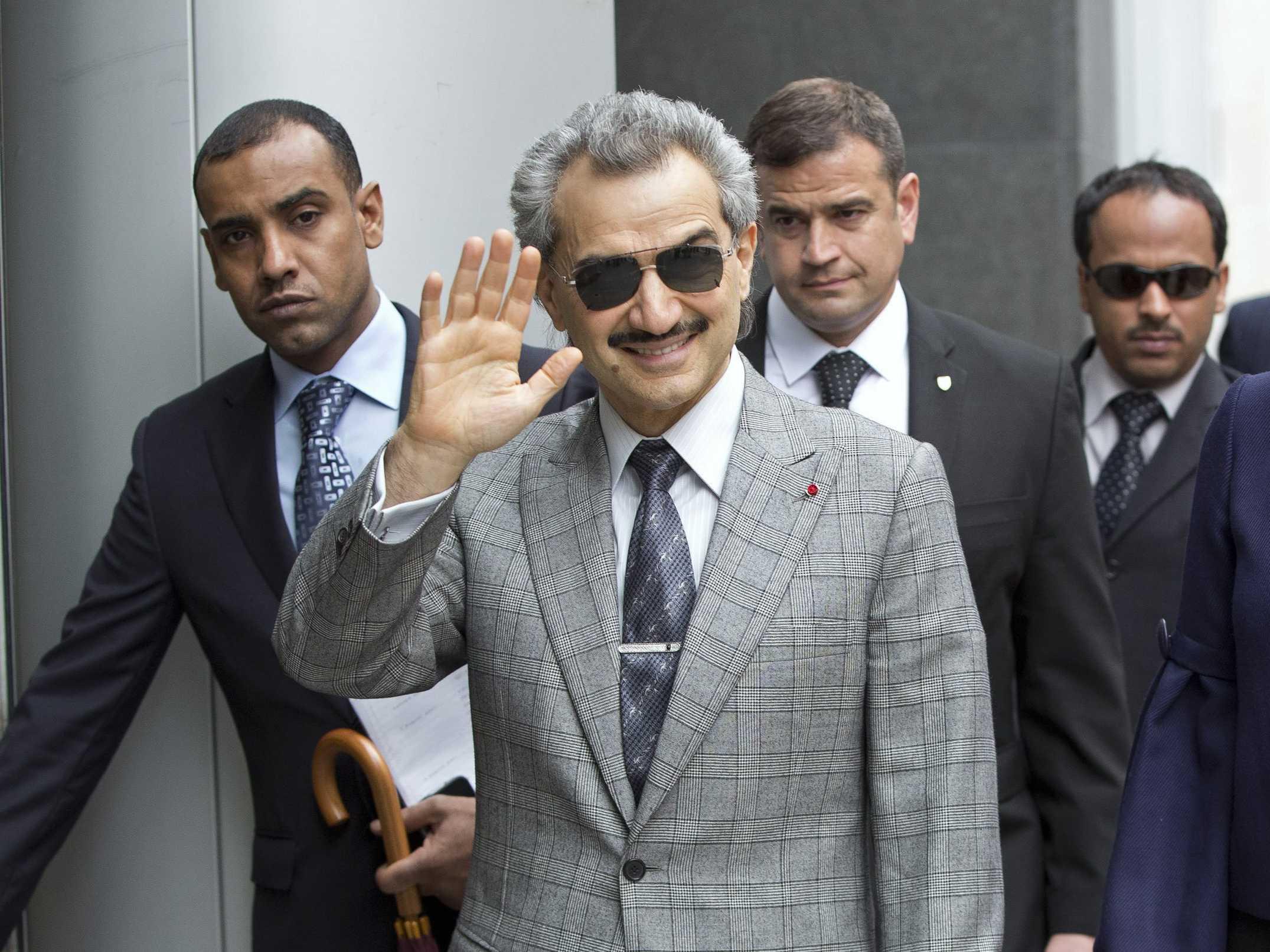 ولید بن طلال دست به خودکشی زد + جزئیات