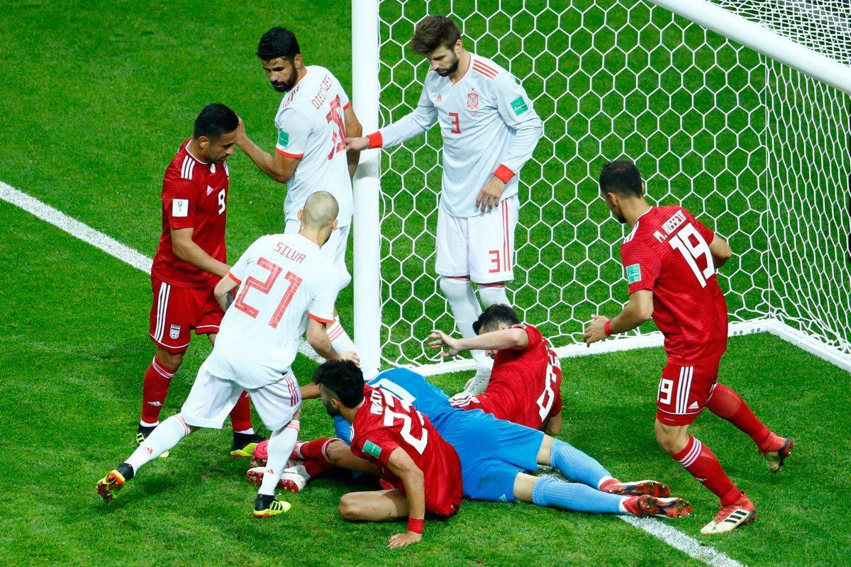 نگاه جالب ستاره بارسلونا به بیرانوند. ایران اسپانیا جام جهانی