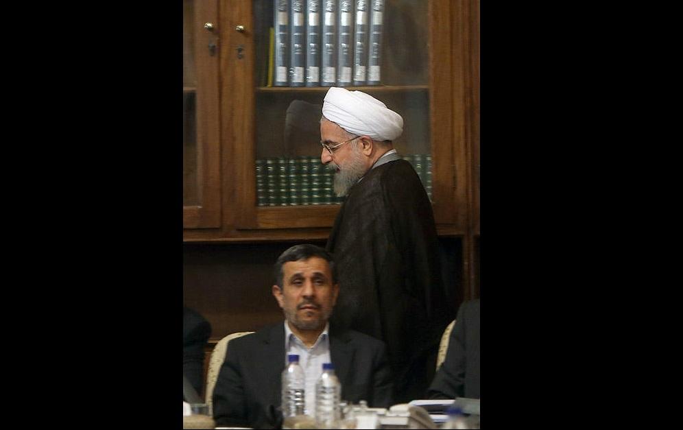 رقابت همشهریان روحانی و احمدینژاد در ثبتنام سرشماری / سرخهایها تا امروز از آرادانیها پیش هستند