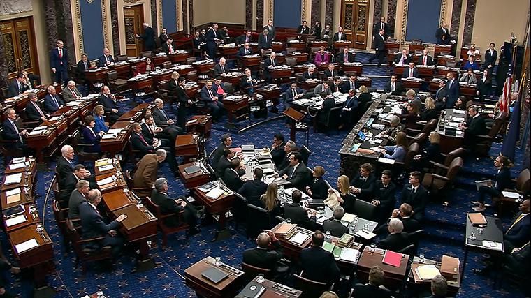 طرح احضار شهود برای محاکمه مربوط به پرونده استیضاح دونالد ترامپ در مجلس سنای آمریکا با ۵۱ رأی مخالف و ۴۹ رأی موافق رد شد.