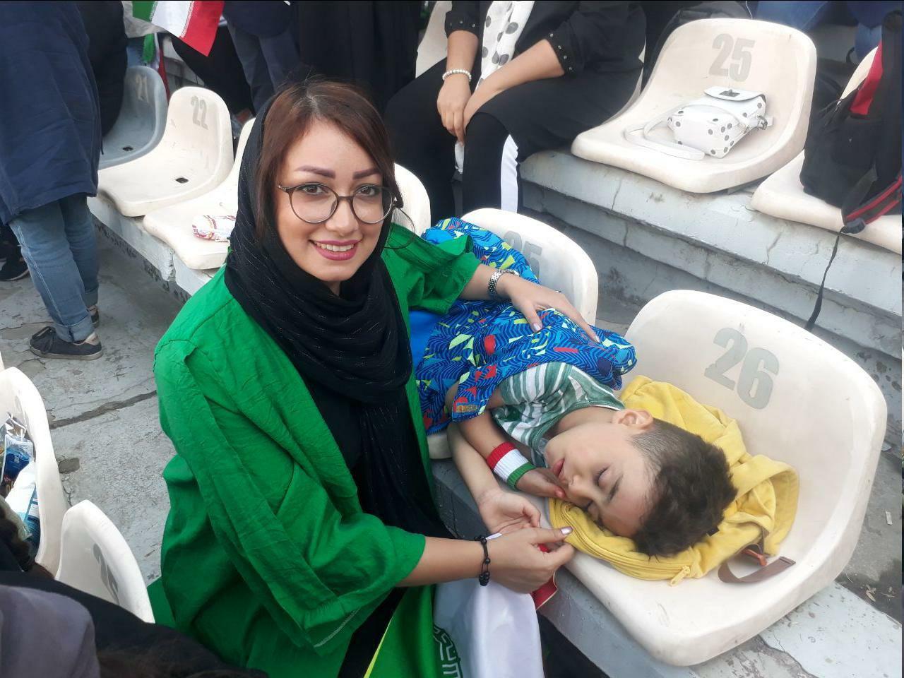 مهر مادری  در استادیوم آزادی