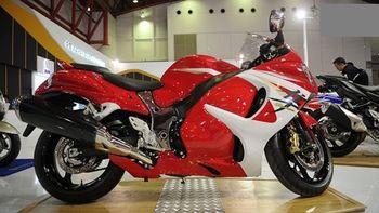 طراحی عجیب یک موتورسیکلت سه چرخ +عکس