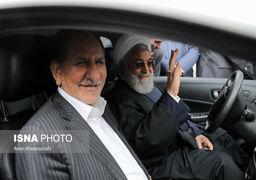 ماشین سواری روحانی وجهانگیری+عکس
