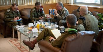 ارتش اسرائیل برای سرکوب ناآرامیهای کرانه باختری آماده میشود