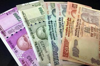 ارزش روپیه هند به پایینترین سطح نیم سال اخیر رسید