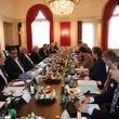 روحانی: تحریمهای آمریکا دارو، غذا و زندگی مردم را هدف گرفته است
