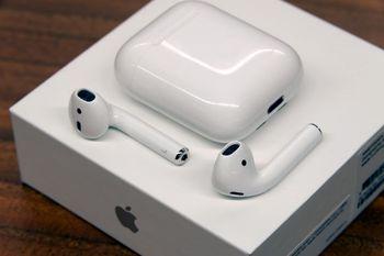 کدام محصول اپل پرفروشتر است؟