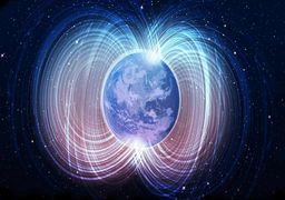 قطب مغناطیسی زمین در حال جابهجایی است؟