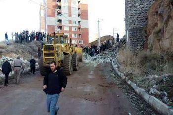 ریزش دیوار حایل مسکن مهر در مهاباد/ گزارش 2 فوتی