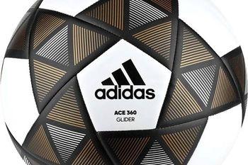 ارسال یک توپ فوتبال به فضا