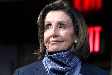ماسکهای خاص و جذاب نانسی پلوسی