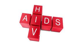 چقدر احتمال دارد که از سرنگ آزمایش قند خون، ویروس اچآیوی منتقل شود؟/مواردی که درباره ایدز باید بدانیم