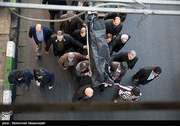 حضور فرزند رهبر انقلاب در مراسم تشییع پیکر شاعر آیینی + عکس