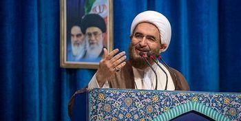 امامجمعه تهران: رفتارهای غیرعادی آمریکا فریادهای غول در حال مرگ است