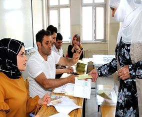 تصاویری هیجان انتخابات در ترکیه