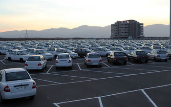 خودرو باز هم گران شد / چه کسی آشفته بازار قیمت خودرو را سروسامان می دهد؟