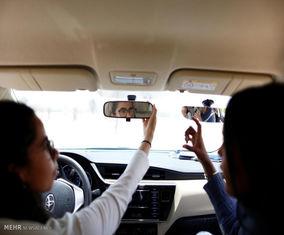 تصاویری از آموزش رانندگی به زنان در عربستان سعودی