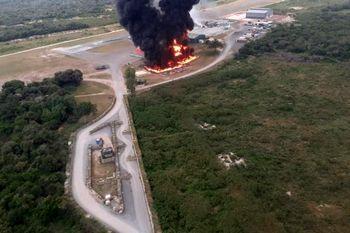 حمله به پایگاه هوایی آمریکا و انهدام چند هواپیماوبالگرد +عکس