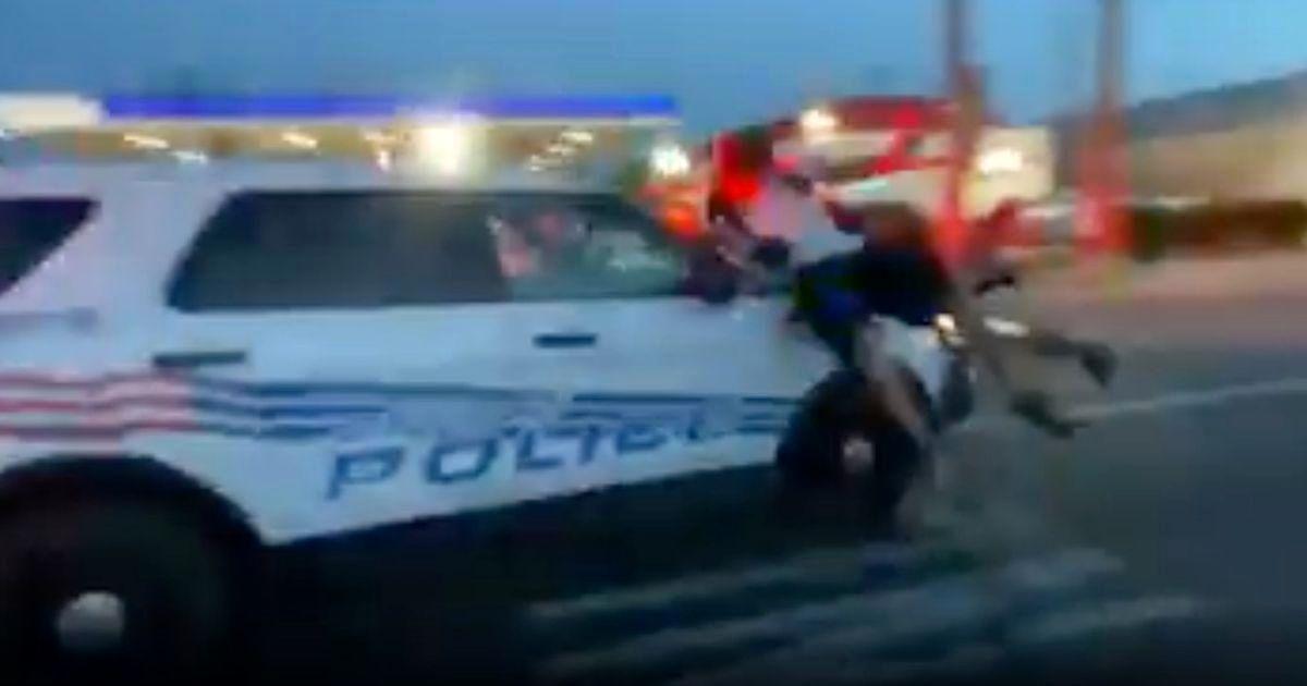 پلیس دیترویت با خودرو معترضان را زیر گرفت+ تصاویر