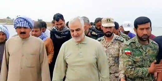عکسی خاص از آخرین افطار سردار سلیمانی و فرماندهان بلندپایه نظامی در منزل محسن رضایی