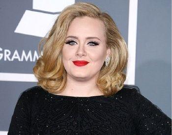 وزن خانم خواننده مشهور چگونه نصف شد؟!
