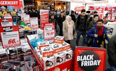 Black Friday 2019 ؛ تصاویر جالبی از «جمعه سیاه»