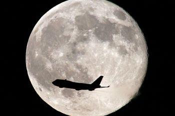 چه تعداد انسان می توانند روی کره ماه زندگی کنند؟
