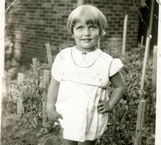 Ruth-Bader-Ginsberg-as-a-toddler-555x500