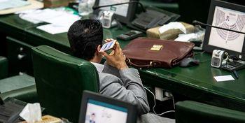 استفاده از موبایل در مجلس ممنوع می شود؟