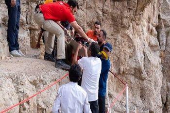 مرگ یک جوان در اثر سقوط از کوه صفه اصفهان