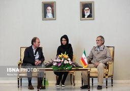 لباس غیررسمی نایب رئیس مجلس در استقبال رسمی از مهمانان خارجی + عکس