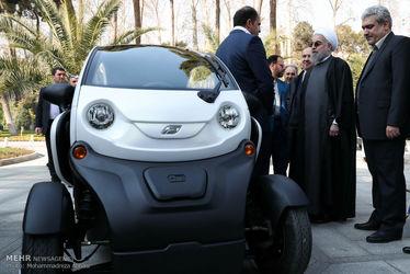 بازدید رییس جمهور از خودرو های برقی ساخت داخل