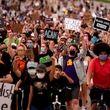 خیزش سراسری آمریکا علیه نژادپرستی؛ کاخسفید در محاصره معترضان/ مرگ یک معترض در دیترویت/ وضعیت اضطراری در جورجیا
