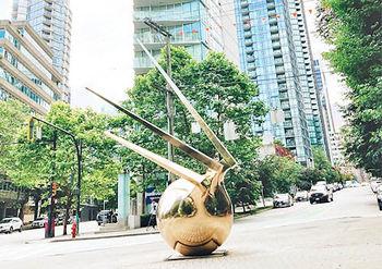 اثر هنزمند ایرانی در مرکز ونکوور کانادا+عکس