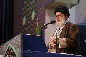 مقاممعظم رهبری: ملت ایران نشان داد از هر حزب و قوم طرفدار انقلاب و مقاومت است/[ با تاکید بر لزوم پیگیری حادثه تلخ سقوط هواپیمای اوکراینی] پیشگیری مهمتر از پیگیری است تا حوادث مشابه رخ ندهد