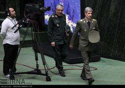 وزیردفاع: ارتش و سپاه دو برادر هستند