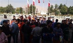 تخریب اموال عمومی در تجمع غیرقانونی کرمانشاه + عکس