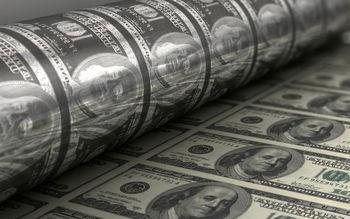 آمریکا سالانه چه قدر اسکناس دلار چاپ میکند؟