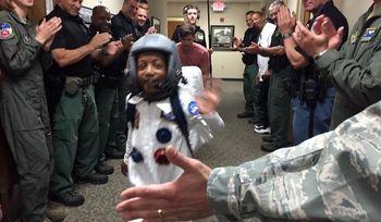 سفریک کودک به فضا با واقعیت مجازی! +عکس