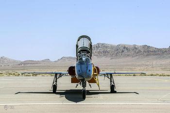 این جنگندهِ بمبافکنِ ایرانی وحشت به جان اسرائیل انداخته /جنگنده کوثر، مهندسی معکوس اف ۵ تایگر است؟+تصاویر