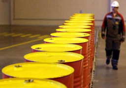 سیاست نفتی آمریکا عامل کاهش قیمت در بازارهای جهانی است