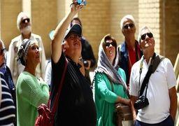 سوار شدن توریست های خارجی پشت وانت بار  در ایران ! +عکس