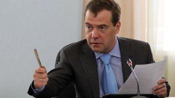 مدودف: توافق هستهای امکان گسترش همکاری ایران و روسیه را فراهم میکند