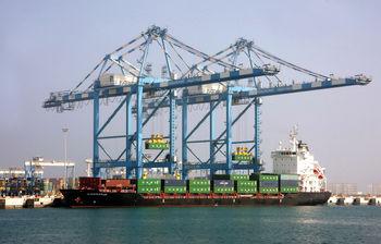 مناطق آزاد؛ سکوی صادرات یا لنگرگاه واردات!؟