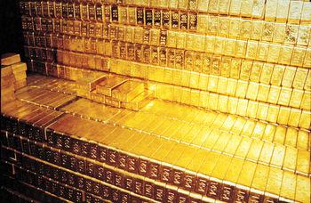 طلا، نقره و پلاتین همچنان کفنشین/ اونس در مرز 1071 دلار