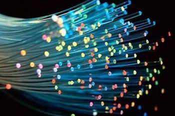 آزمایش تولید فیبر نوری در فضا