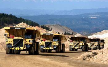 رشد منفی وزن صادرات مواد معدنی