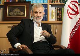 غفوری فرد: احمدی نژاد به دنبال ایجاد دوقطبی با خاندان لاریجانی است