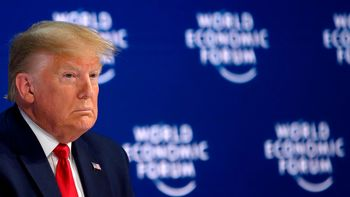 """رئیس جمهوری آمریکا: سطح تهدید شیوع کرونا در آمریکا """"بسیار پایین است"""""""