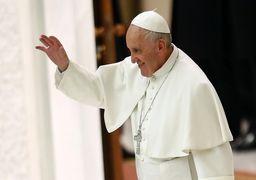 انتقاد پاپ فرانسیس از هزینه های زیاد در فوتبال !